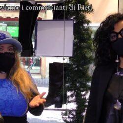 Emanuela Petroni presenta in TV commercianti di Rieti- Amalia Aquilini Xg calzature e abbigliamento